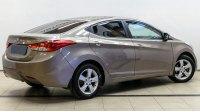 Hyundai Elantra V, вид сзади
